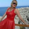 Ksenia, 49, г.Прага