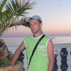 Александр, 33, г.Озеры