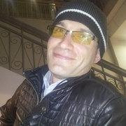 Начать знакомство с пользователем Slavik 35 лет (Рыбы) в Щучьем