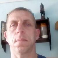 Виталий, 41 год, Телец, Новосибирск