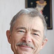 Начать знакомство с пользователем Виктор 62 года (Стрелец) в Алдане