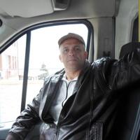 Юрий, 47 лет, Водолей, Саратов