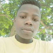 Mousso Franck 22 года (Стрелец) хочет познакомиться в Лилль