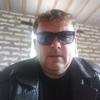 Виталий, 40, г.Псков