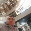 Олег, 21, г.Яворов