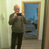 Юрий, 78 лет, Козерог, Москва