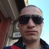 Олег, 30, г.Париж