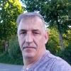 Juri Keller, 50, Bonn