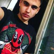 Илья 24 года (Козерог) Первомайский