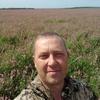 Oleg, 43, Mikhaylovka