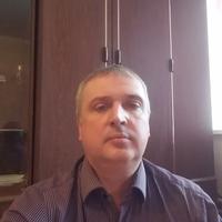 Леонид, 47 лет, Козерог, Москва