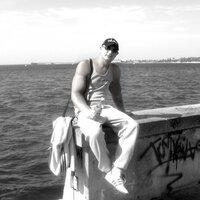 юрий, 33 года, Телец, Омск
