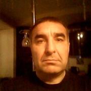 Василий, 46, г.Лесной