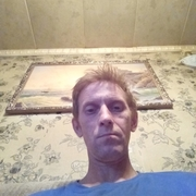 Александр, 44, г.Лодейное Поле