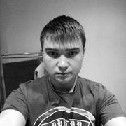 Максим, 21, г.Биробиджан