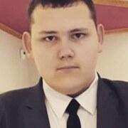 Егор, 18, г.Айхал