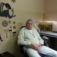 Александр, 66 лет, Телец, Москва