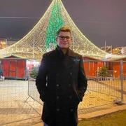 Олег, 21, г.Винница