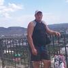 Максим, 40, г.Керчь