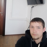 Юрий, 27, г.Щекино
