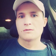 александр, 24, г.Жуковка