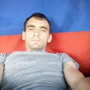 Максим, 31, г.Омск