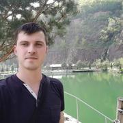 Євген, 29, г.Виноградов