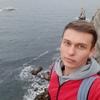 Максим, 23, г.Ялта