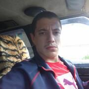 Василий, 24, г.Снежное
