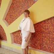 Оля, 45, г.Усинск