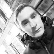 Илья, 23, г.Кронштадт