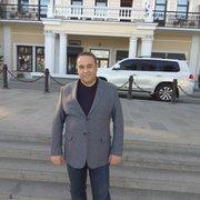 Геннадий, 47, г.Алушта