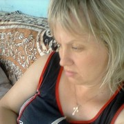 Елена, 41, г.Ванино