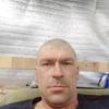 Юрий, 44, г.Саратов