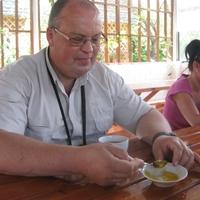 Николай, 52 года, Телец, Москва