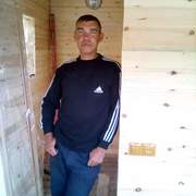Евгений, 43, г.Белово