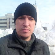 Денис, 35, г.Волжский