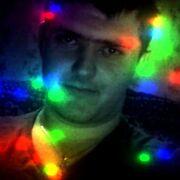 Влад, 24, г.Горняк