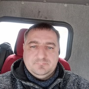 Юрий 42 Санкт-Петербург