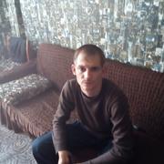 виталий, 30, г.Лесосибирск