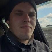 Иван, 21, г.Калининск