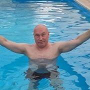 Вадим, 42 года, Лев