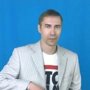 володя, 44, г.Ленинск