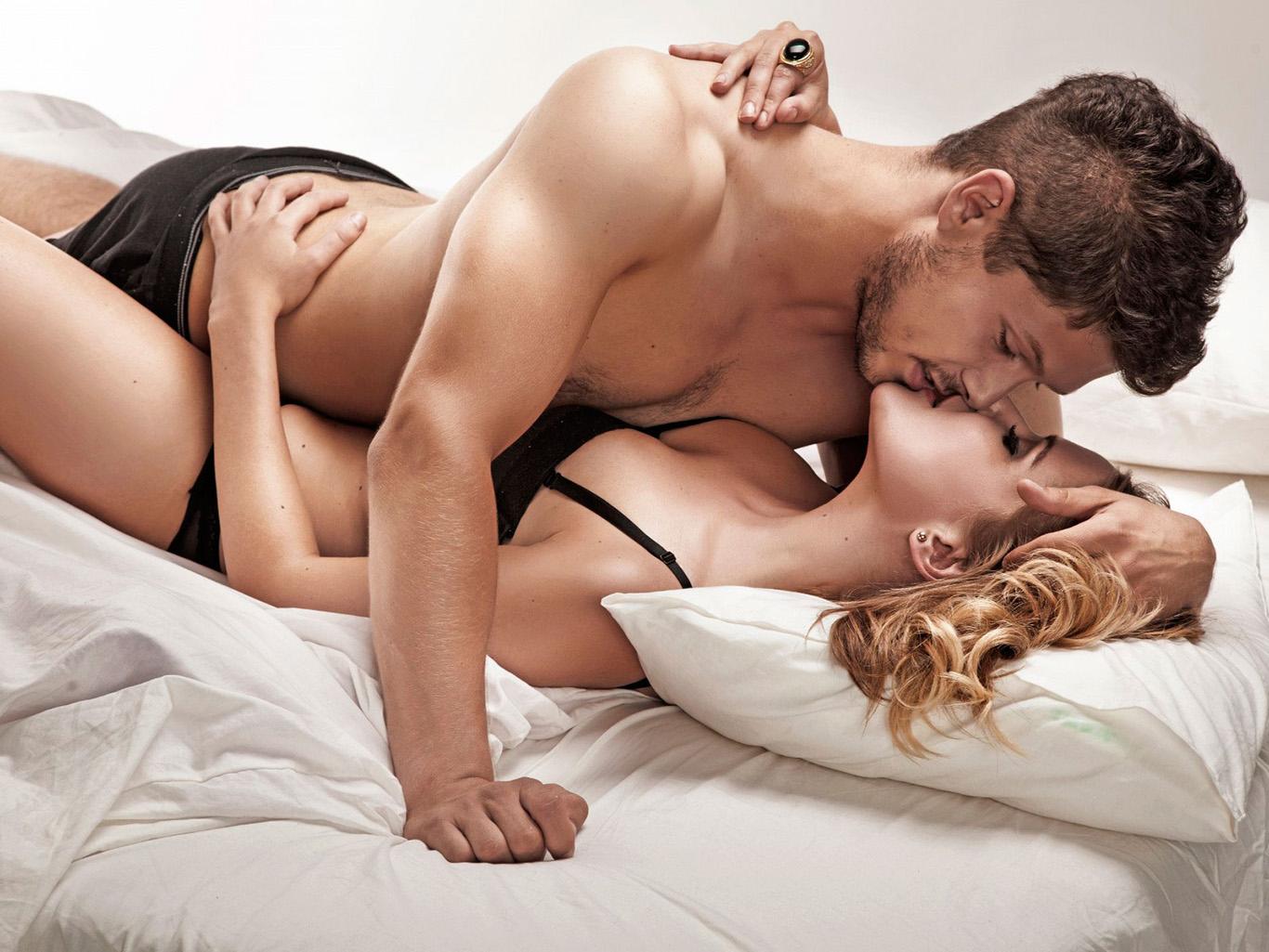 Виолеттой ххх влюбленная пара эротика разное