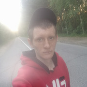 Павел, 30, г.Урай