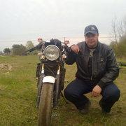 Кирилл, 34, г.Волхов