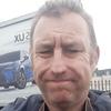 Simon, 42, London