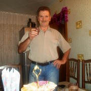ЮРИЙ, 60, г.Кулунда