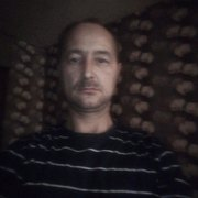Александр, 43, г.Олонец