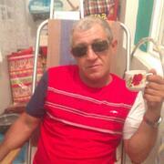 олег, 50, г.Солнечнодольск